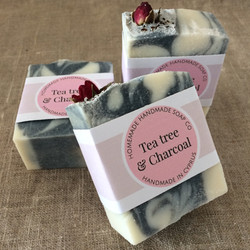 Tea tree & Charcoal soap
