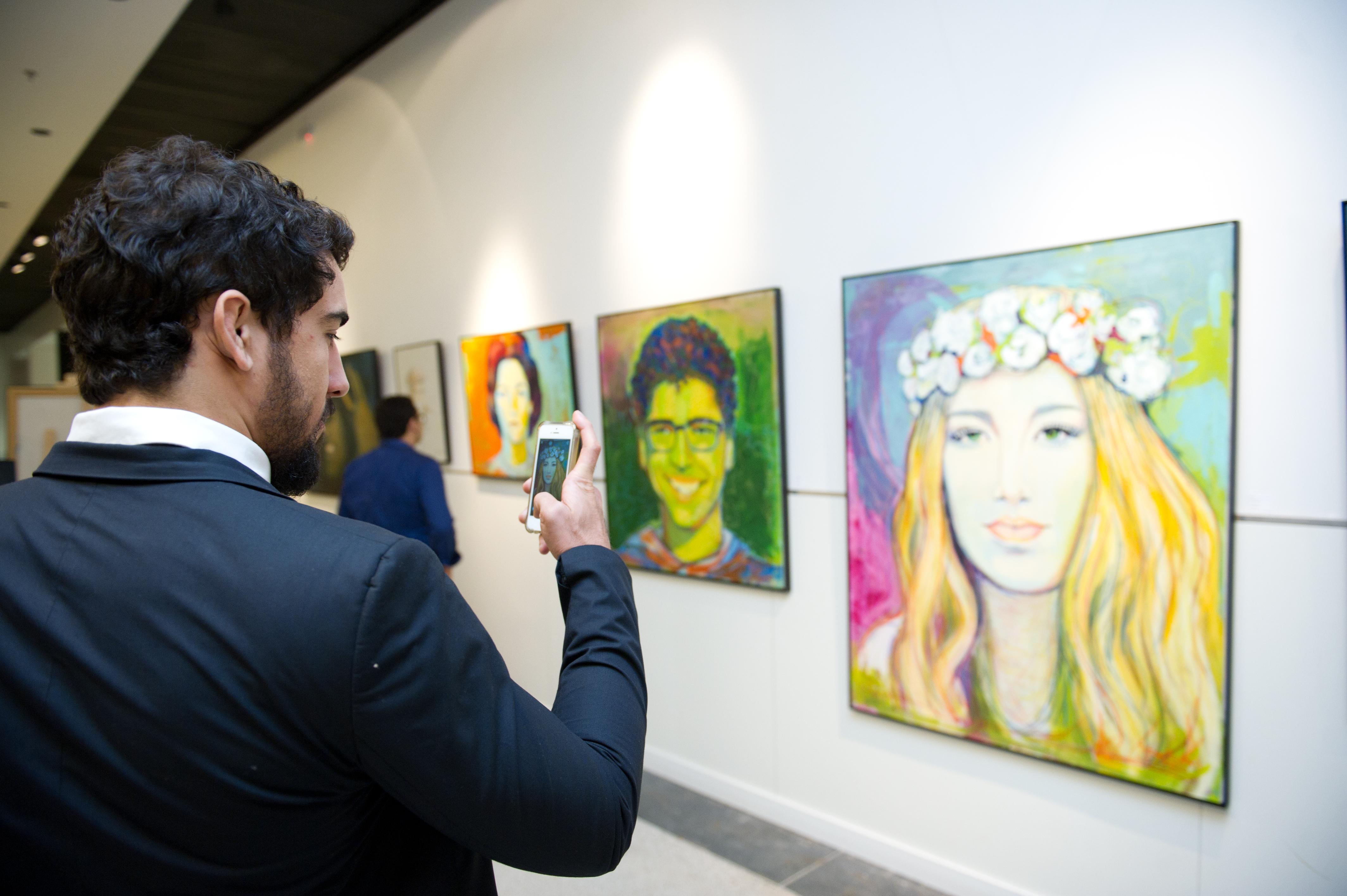 abertura-da-exposio-retratos-e-cores_341