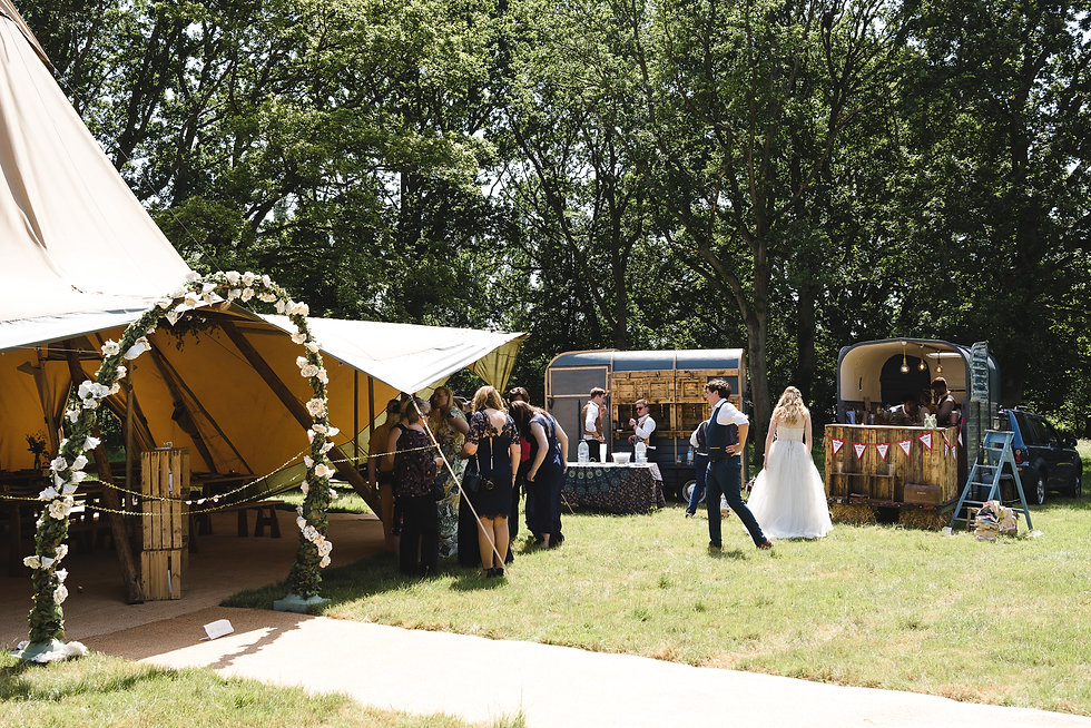 Mobile Bar Hire for Weddings Surrey