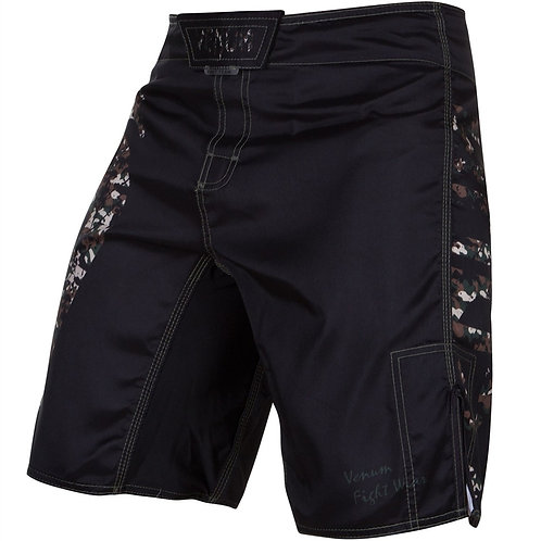 Venum Giant Fightshorts - Black/Camo - XS