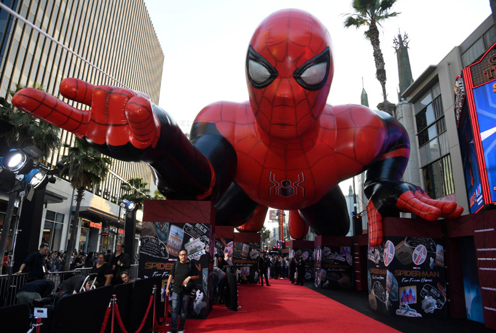 Custom Inflatables: 80 Foot Spider-Man at Hollywood Premiere Red Carpet Event