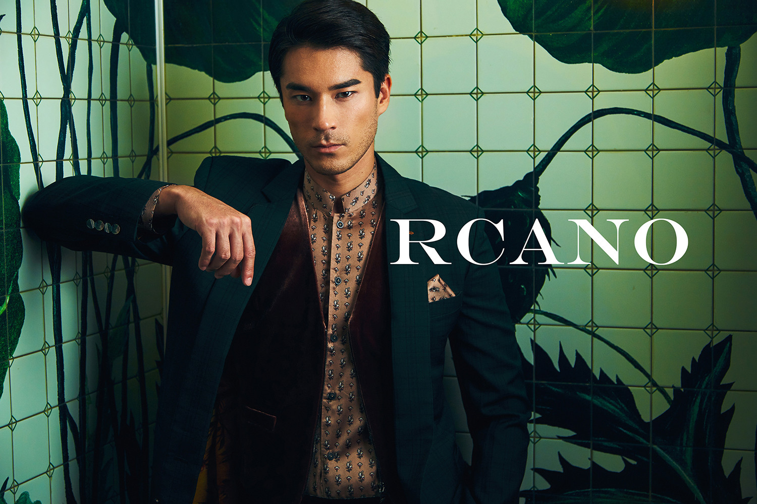 RCANO_FW19 CAMPAIGN LOW-RES_LOGO_3.jpg