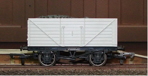Dapol Unpainted Wagon - 8 Plank