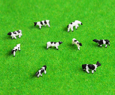 1:150/N Scale Painted Model Cows - x5 or x10