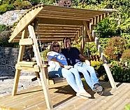 primrose romantic things to do in Cornwa