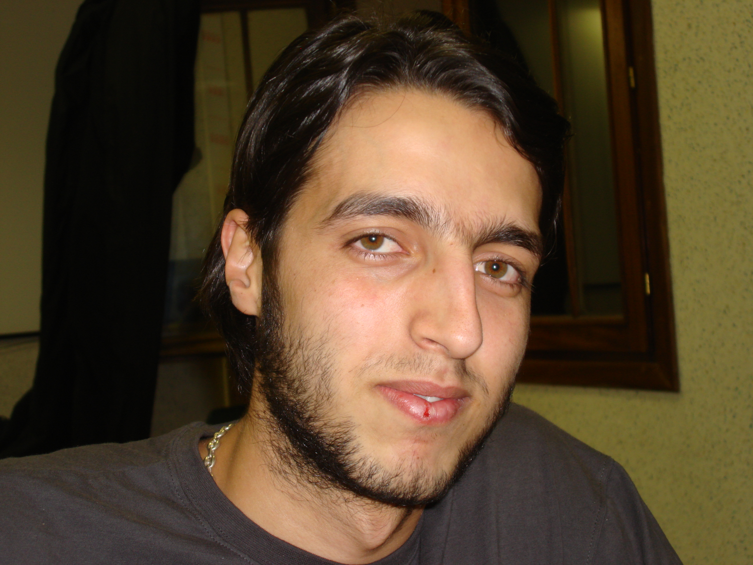 Khademallah, Yassir