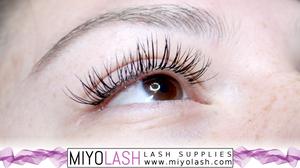 lash extension supplier canada