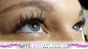 curly lashes