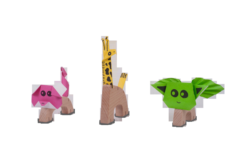 צילום צעצועים - חיות עץ2