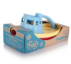 צילום השתקפות - צעצוע סירה