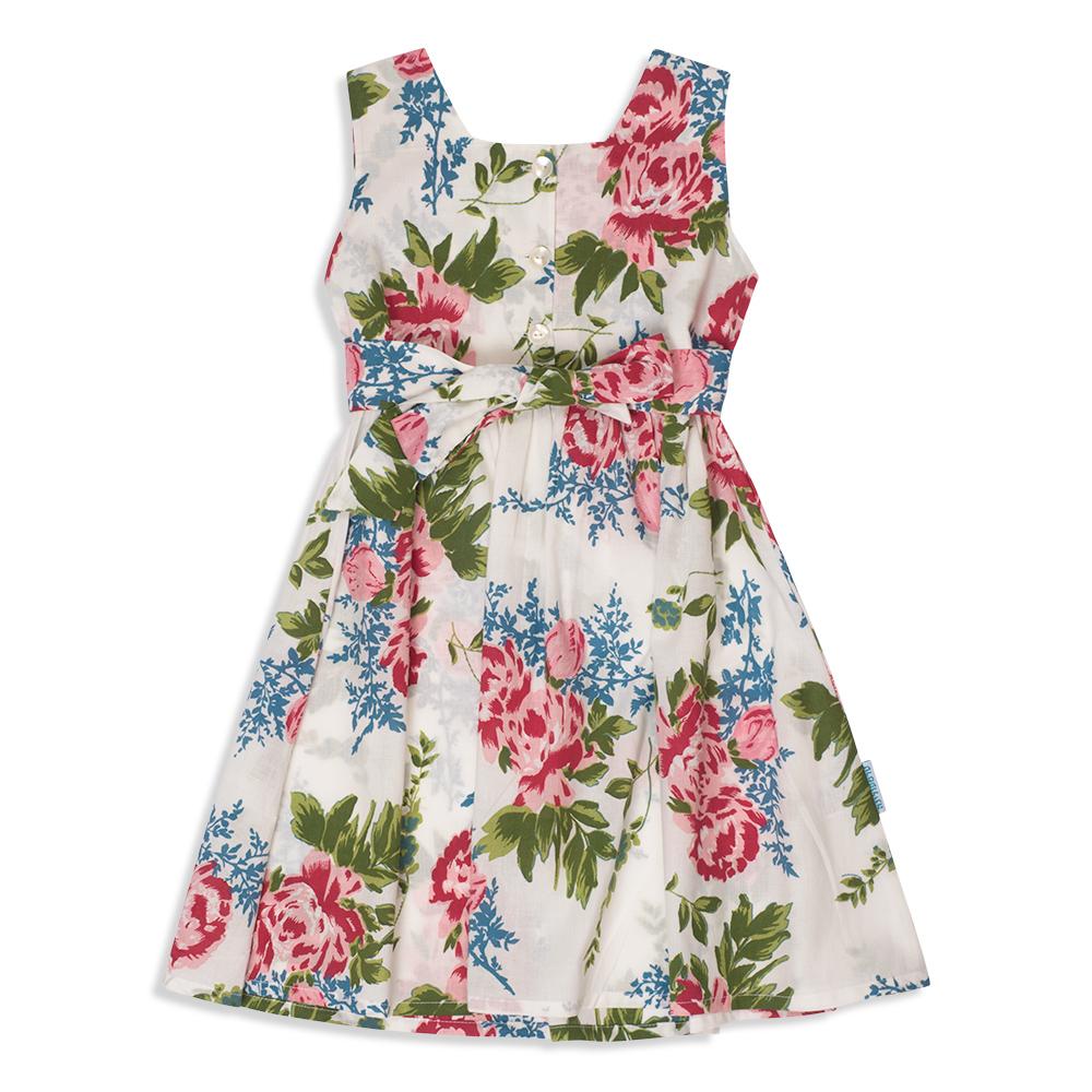 צילום בגדים - שמלת פרחים לבנה