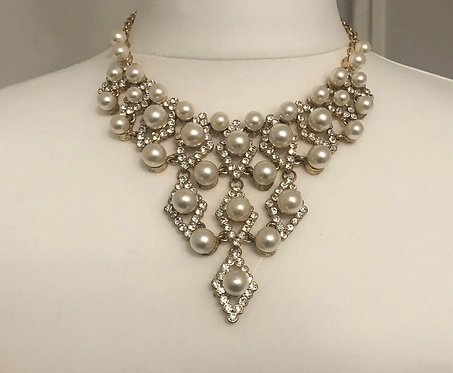 Gold & Pearl statement necklace