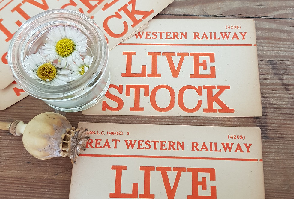 10 Live Stock Labels