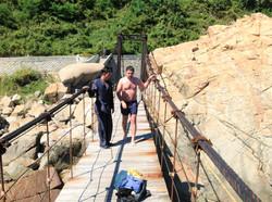 Северная Корея. Прыжок с моста