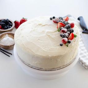 Simple & Classic Vanilla Cake