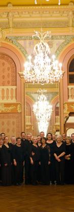 The tour choir after our concert at the opéra-théâtre de Clermont-Ferrand