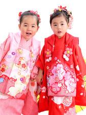 七五三女の子3歳の晴れ着