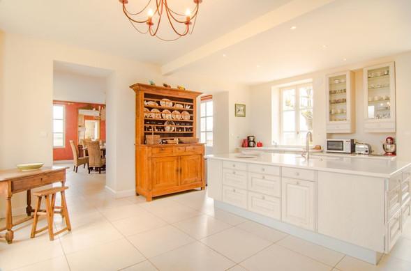 Main house kitchen 2.jpg