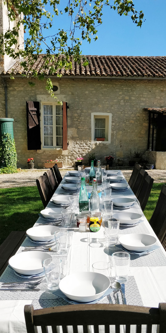 External dining in the sunshine