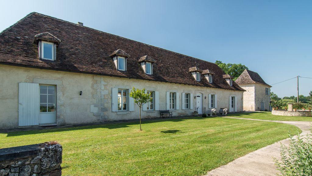 Le Bousquet main house facade