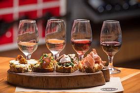 5-bares-para-degustar-um-bom-vinho-em-sa