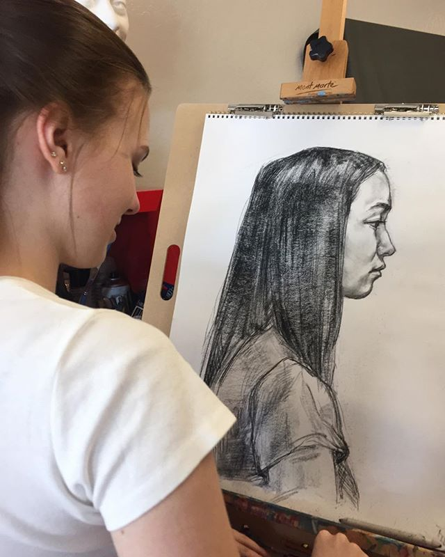 Weekend Portrait Drawing class started t