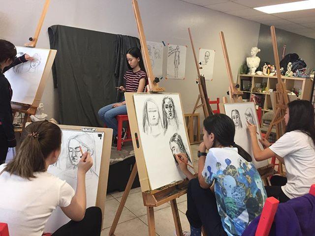 Weekend portrait drawing class_ short sk