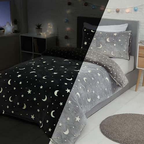 Glow in the dark moon and star teddy bedding