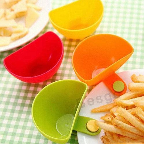 Set of 4 dip clip sauce pots