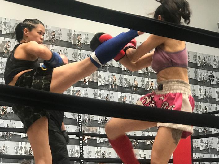 Chloe Fan vs Erika Hirano at Dana Hoey Presents Ladies Fight Night