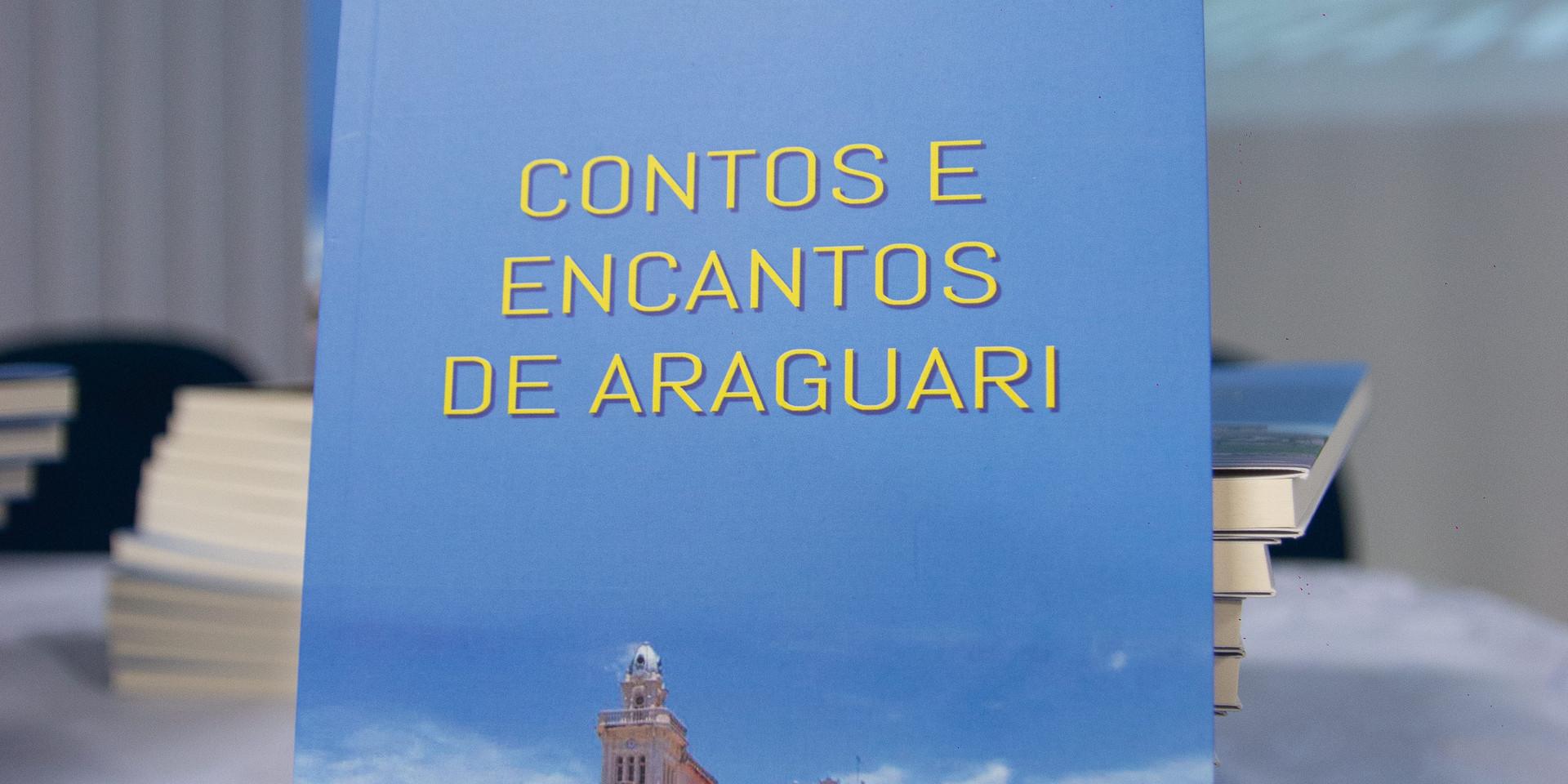 Lançamento_livro_(2).jpg