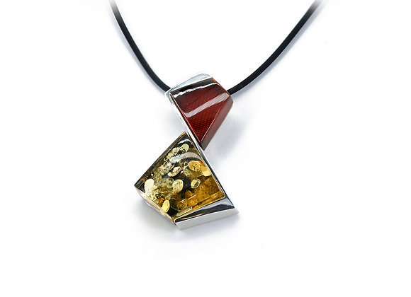Red/Green hour glass Pendant