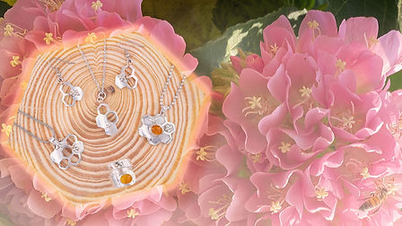 Bumble Bee Slider Gold Glow.jpg