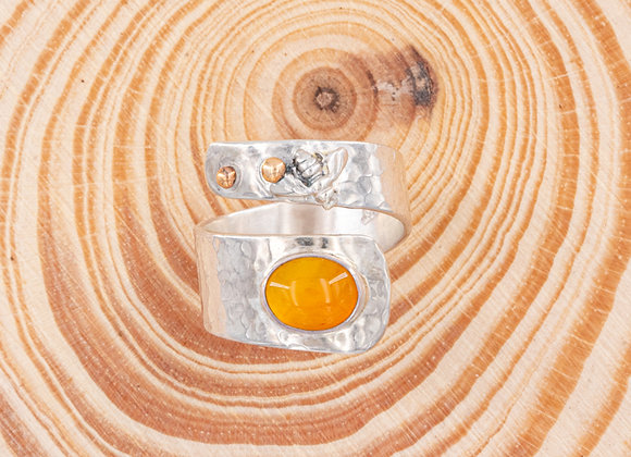 Bee Love Honey Swirl Ring Size 8