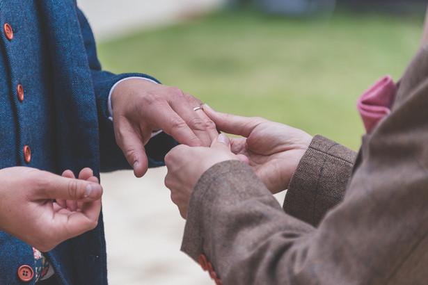 S & J - Exchanging Rings