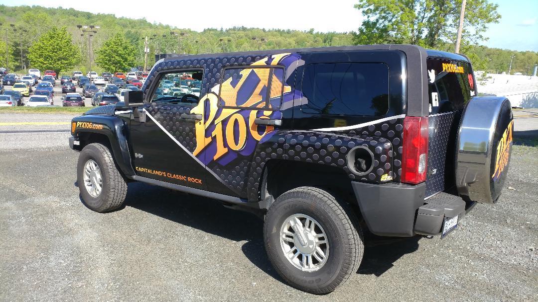 Radio PYX 106 4