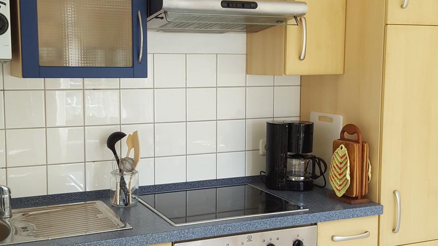 Küche FeWo.jpg