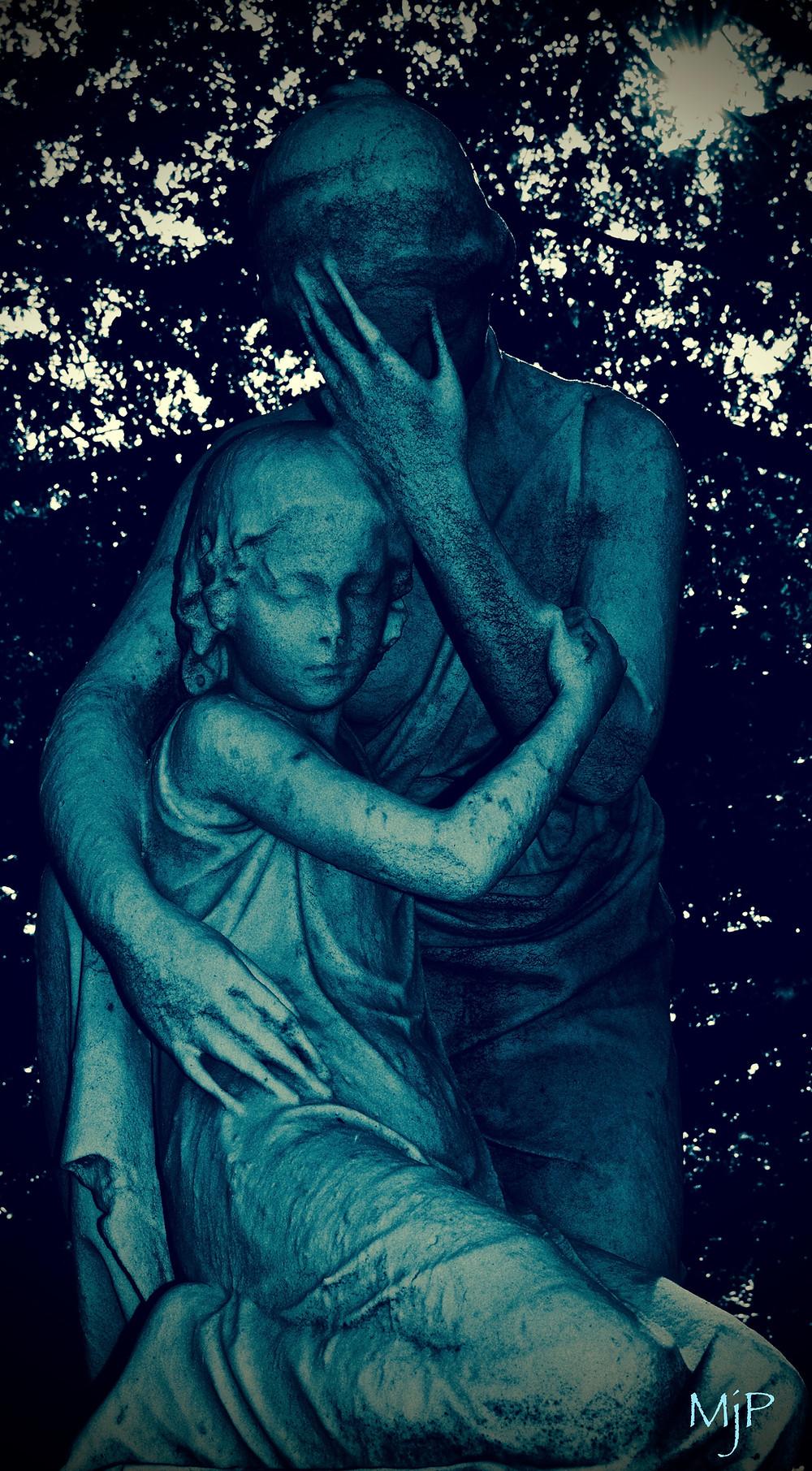 Mother Daughter Sculpture - Mj Pettengill