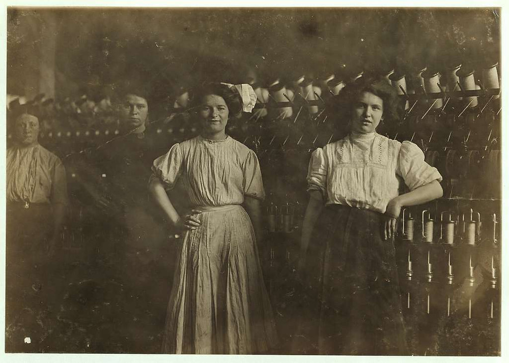 Doffer Girls, Brookside Worsted Mills, Westford, MA, Hines, LOC
