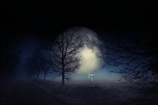 Angel, Moon, Solitude