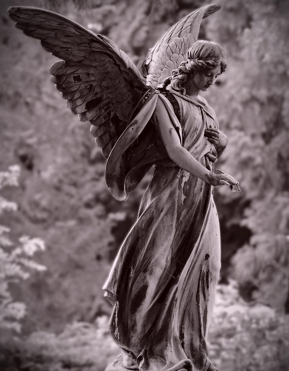 Angel Statue via Pixabay