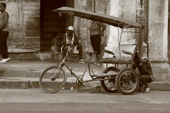 Waiting For Business, Havana, Cuba
