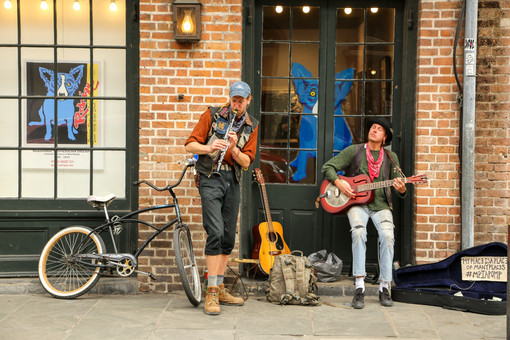 Street performers, New Orleans, Louisiana, USA