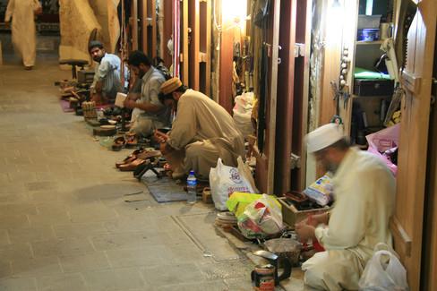 Tradesmen, Qatar