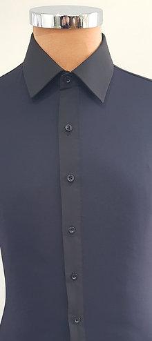 camicia nera