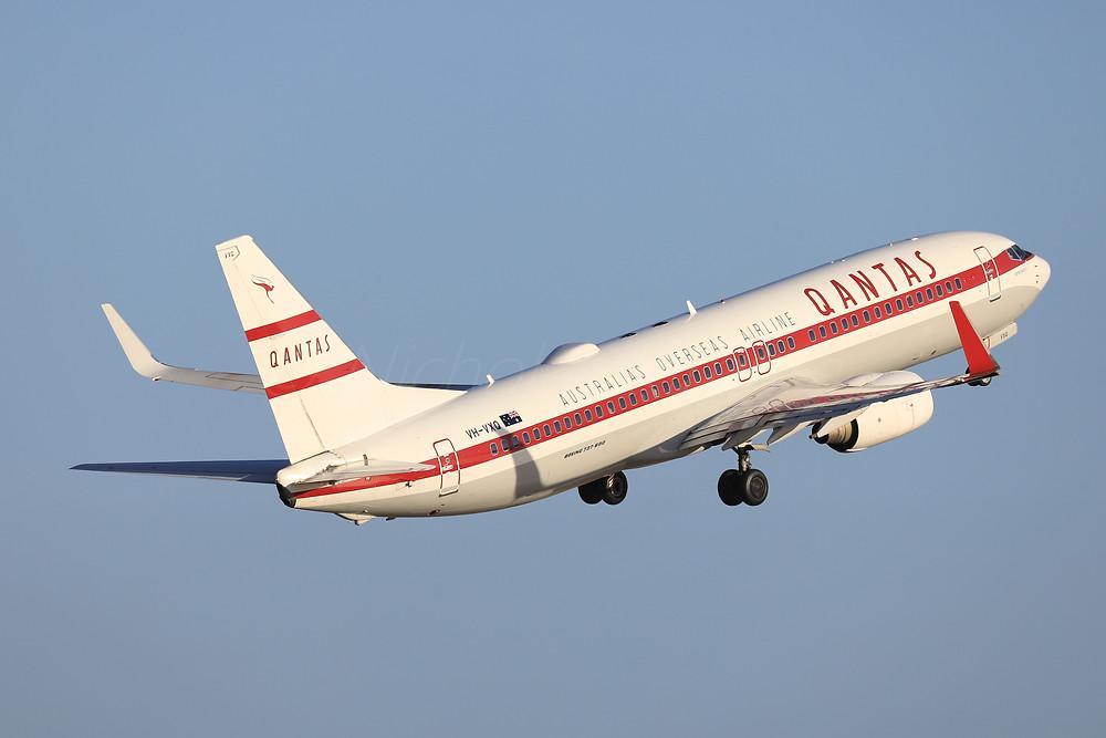 Qantas B738 VH-VXQ