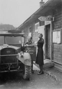 Kapfenberg, ClareMcMurray and Herr Winter, 1948