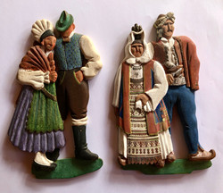 Carved wooden figures ( Artist unknown)