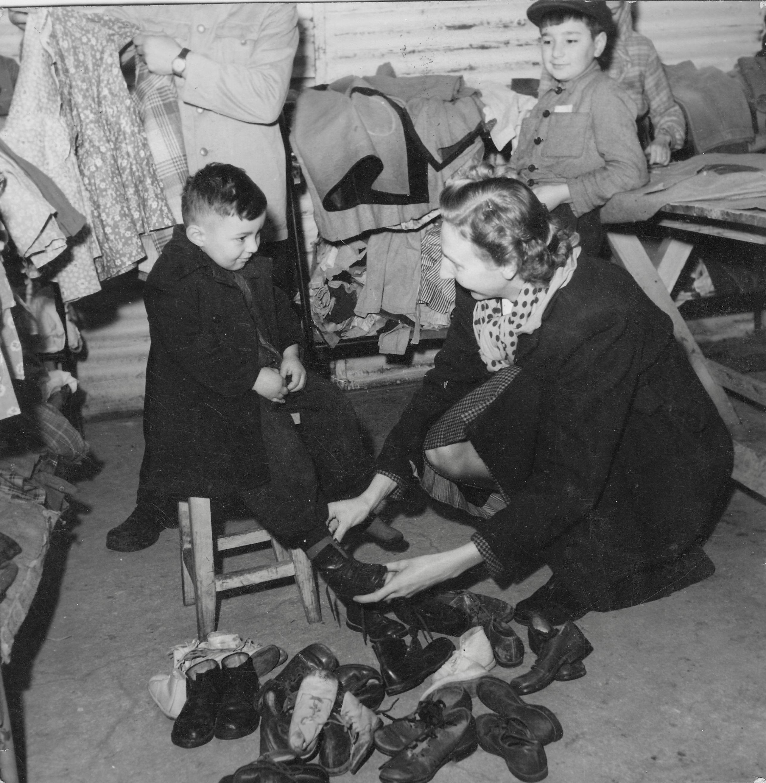 San Sabba shoe distribution, Clare McMurray with Slava 1950-51
