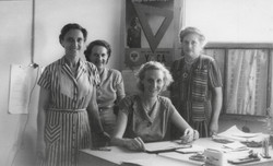 Clare McMurray and staff 1951
